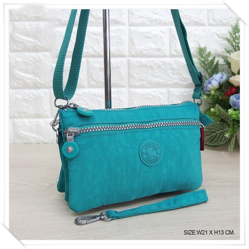 กระเป๋าสะพายข้างสายยาว สีเขียวมิ้น