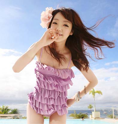 พร้อมส่ง / ชุดว่ายน้ำ นำเข้าสไตล์เกาหลี มีสีบานเย็น Size : M