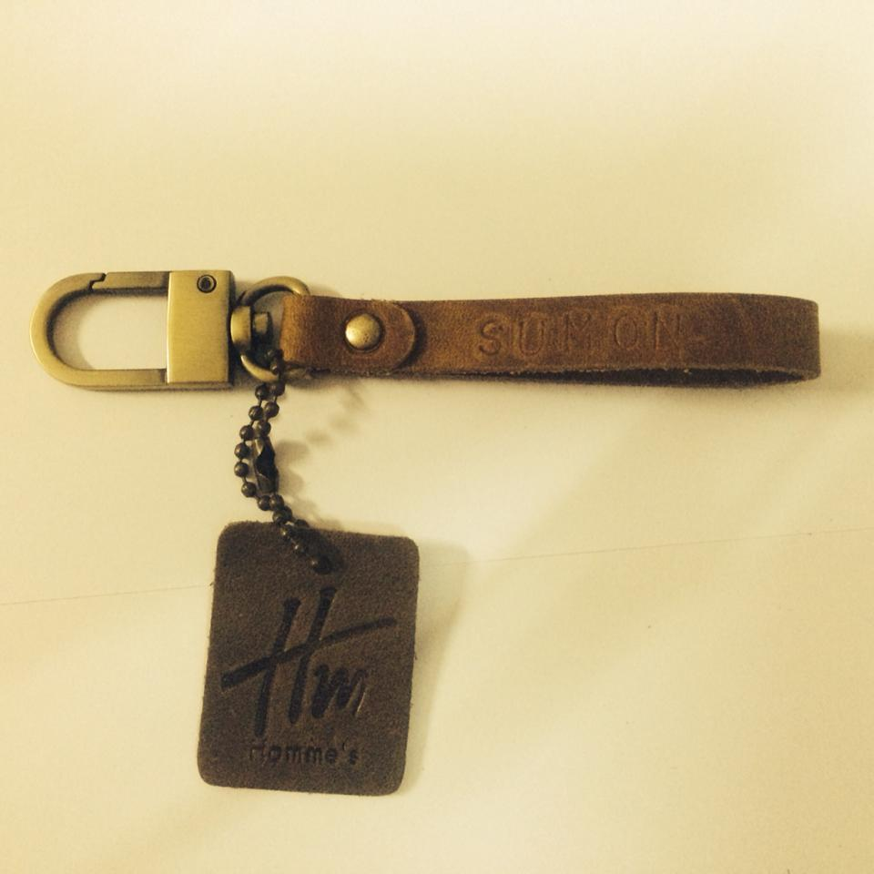 พวงกุญแจหนังแท้ Homme's Key ring Leather