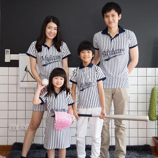เสื้อครอบครัว ชุดครอบครัว ผ้าเนื้อนิ่ม มาครบ พ่อ แม่ ลูกสาว ลูกชาย : BaseballSet Collection