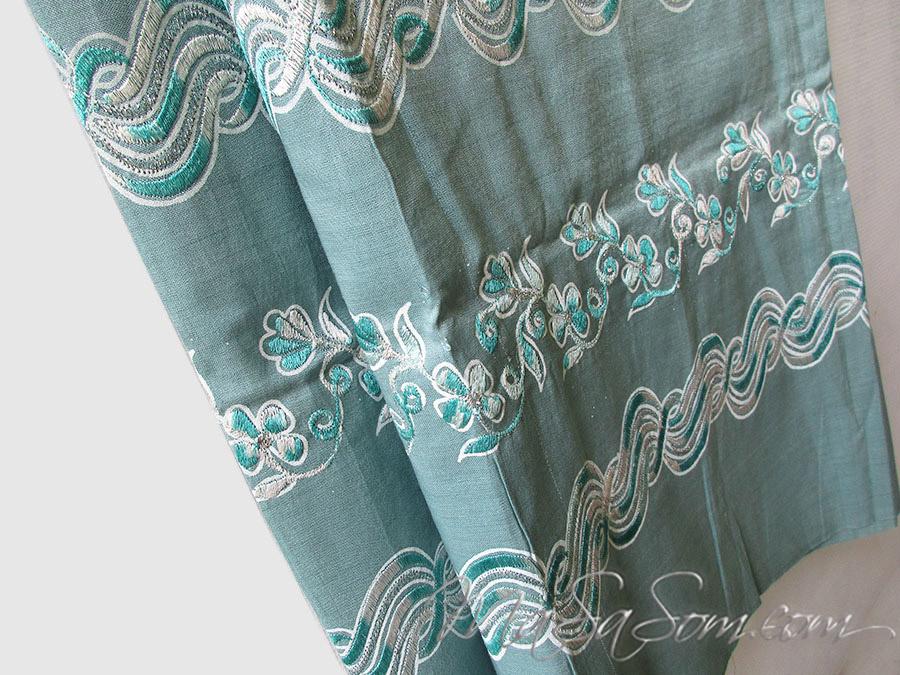 ผ้าถุงผ้าไหมปักดิ้น B3