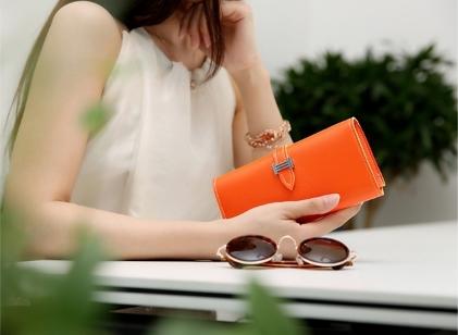 กระเป๋าสตางค์หนัง Hermè น่ารักสีหวาน ใส่โทรศัพท์ได้