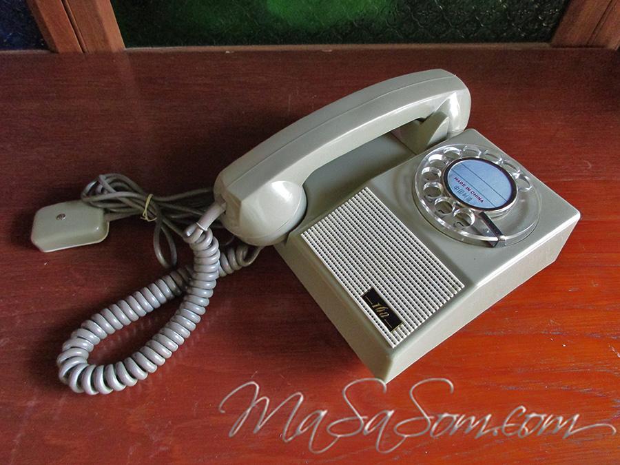 โทรศัพท์แขวนผนังจากจีน