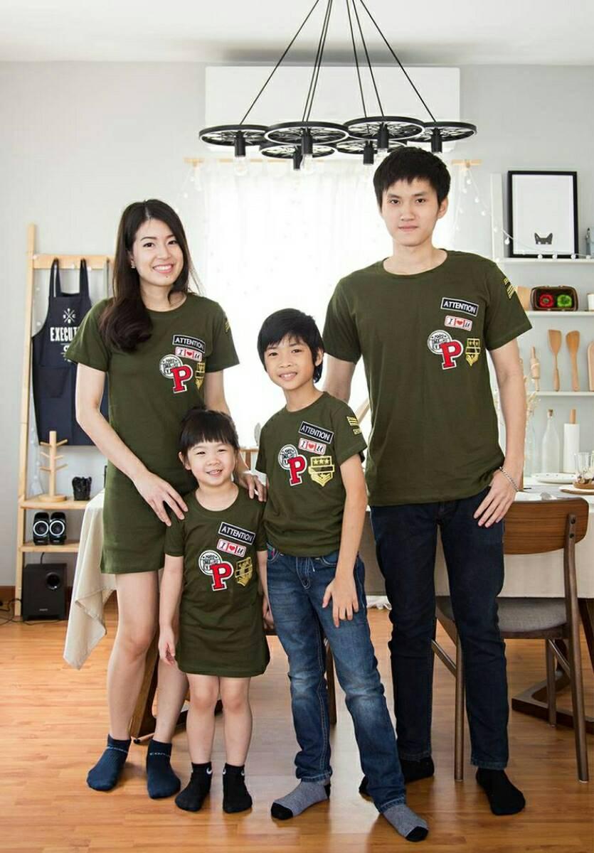 เสื้อครอบครัว ชุดครอบครัว ผ้าเนื้อนิ่ม มาครบ พ่อ แม่ ลูกสาว ลูกชาย FC 0030