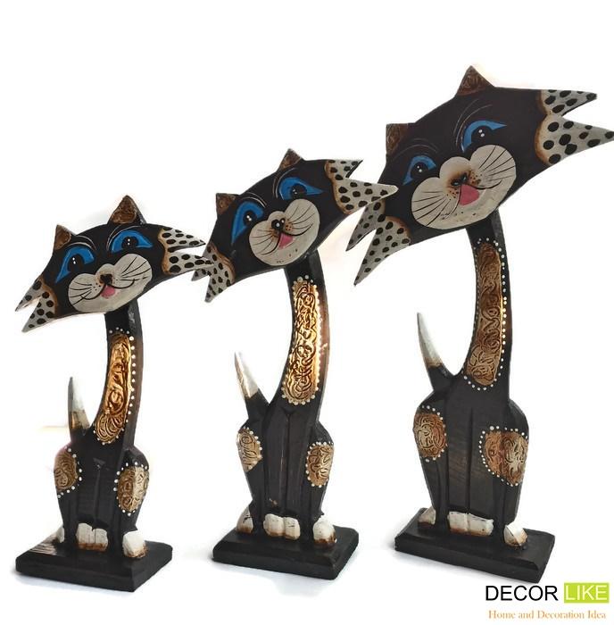 ตุ๊กตาไม้แกะสลัก แมวดำเจ้าเลห์ ไลก้า (เซ็ท 3 ตัว)