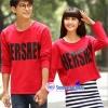 เสื้อคู่ เสื้อคู่รัก ชุดคู่รัก เสื้อคู่รักเกาหลี เสื้อผ้าแฟชั่น ผู้ชายเสื้อยืดแขน5 ส่วน สีแดง +ผู้หญิงเดรสลายขาว เสื้อครอปสีแดง สกรีนตรงกลางอก
