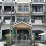 H718 ขาย ทาวน์เฮ้าส์ 3 ชั้น 22.1 ตร.วา ม.จินดาธานี อยู่ถนนบรมราชชนนี 117 ห่างถนนใหญ่เพียง 150เมตร ตกแต่งใหม่ สภาพพร้อมอยู่