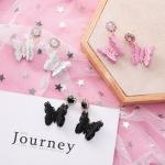 เลือกสีด้านในค่ะ ต่างหูเกาหลี Vintage Butterfly Korea ER96415