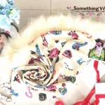 ผ้าพันคอ พร้อมกล่องของขวัญ (ฟูฟู) รุ่น Valentine's Date Night with Fringe in Pudding Beige (Size M) มีของขวัญไว้เซอร์ไพรซ์แฟนกันหรือยังคะ นี่เลยค่ะ!!! ของขวัญสุดเซอร์ไพรซ์ให้แฟนของคุณในโอกาสสุดพิเศษต่างๆ น่ารักมาก ฟรุ้งฟริ้งกรุ้งกริ้งสุดๆ เนื้อผ้าก็ด
