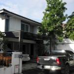 H837 ขายบ้านเดี่ยว 2 ชั้น 52.6 ตร.วา หมู่บ้านอินนิซิโอ้ ปิ่นเกล้า-วงแหวน อยู่ซอยวัดส้มเกลี้ยง ถนนอัจฉริยะพัฒนา สภาพใหม่ พร้อมกู้แบงค์