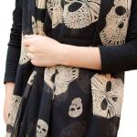 ผ้าพันคอชีฟอง ลายหัวกระโหลกสีดำ ( รหัส P18 )