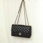 กระเป๋าสะพาย Chanel Classic