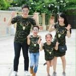 """เสื้อครอบครัว ชุดครอบครัว ผ้าเนื้อนิ่ม มาครบ พ่อ แม่ ลูกสาว ลูกชาย : Little Soldier """"ลายกวาง"""""""