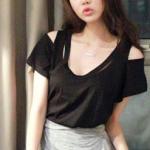 เสื้อแฟชั่นเกาหลี เสื้อทรงคอกว้าง ใส่ได้ทั้งกระโปรงและกางเกงทั้งสั้นและยาว