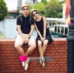 ชุดคู่รัก เสื้อคู่รัก เสื้อคู่รักเกาหลี ชุดเดรสคู่รัก ผู้ชายเสื้อยืดโปโลสีดำ + ผู้หญิงหญิงเดรสแขนกุดมีดีเทลลูกไม้ที่เอว ผ้านิ่ม ใส่สบาย