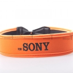 สายคล้องกล้อง Sony Black on Orange Neck Strap Neoprene